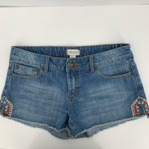 Forever 21 denim shorts embroidery cutoff jean 30